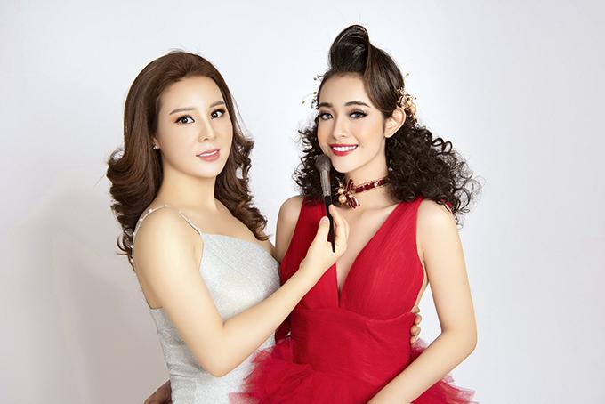 Bộ ảnh được thực hiện bởi trang điểm: Thanh Thanh, làm tóc: Hồ Liên, nhiếp ảnh: Fynz, stylist: Hùng Việt, người mẫu: Quyên Dí.