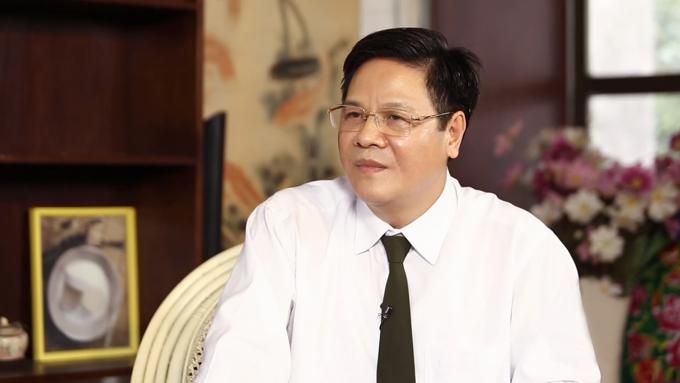 Thạc sĩ, bác sĩ Đỗ Xuân Khoát khuyên chị em nên bổ sung collagen từ tuổi 25.