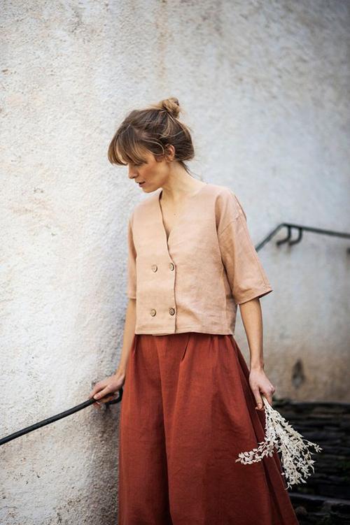 Lấy cảm hứng từ phong cách thời trang cổ điển, các nhà mốt khiến trang phục mặc ở nhà của phái đẹptrở nên đa dạng hơn.