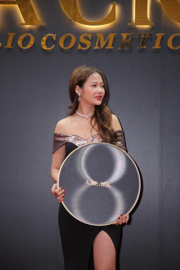 Erik, Mim hát tại lễ ra mắt mỹ phẩm Hàn Quốc A.Black - 9