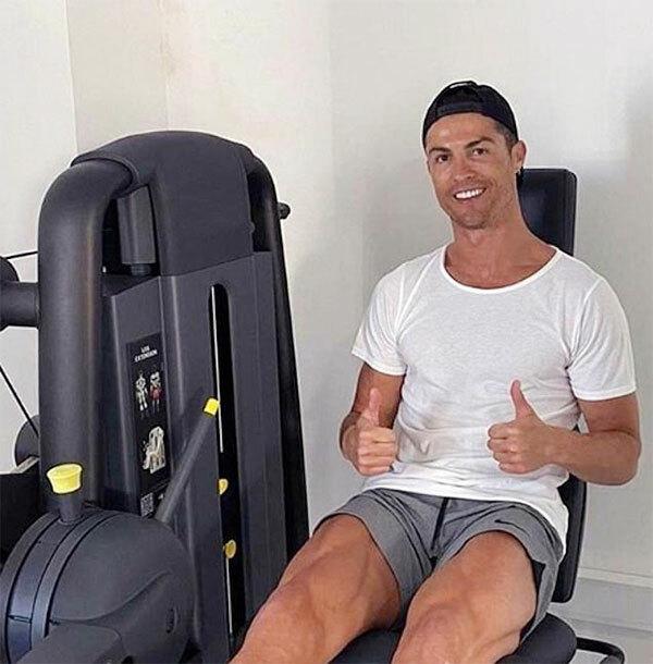 Siêu sao Juventus hầu như ngày nào cũng đăng ảnh trong phòng gym. Ảnh: Instagram.