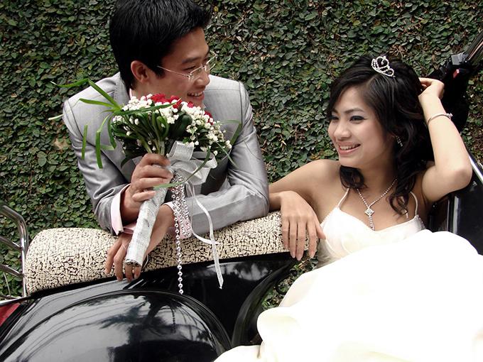 Ảnh cưới của NTK Quyên Nguyễn và kiến trúc sư Đông Giang.