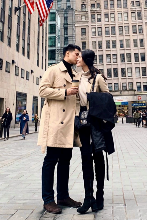 Á hậu Thùy Dung kỷ niệm hai năm yêu bạn trai