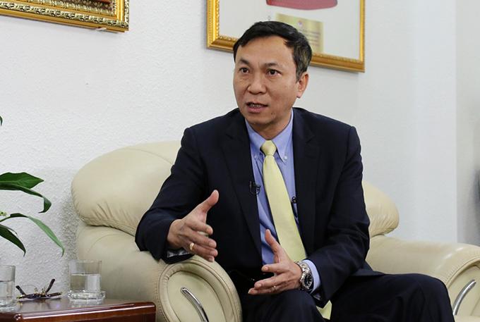Phó chủ tịch VFF Trần Quốc Tuấn trả lời truyền thông. Ảnh: VFF.