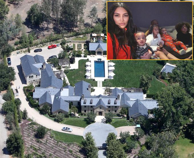 Gia đình Kim Kardashian không bước chân ra khỏi biệt thự 60 triệu USD ở Hidden Hills, California. Kim cho biết, cô rất lo lắng về dịch bệnh nên thực hiện nghiêm túc việc cách ly để các con không bị ảnh hưởng. Suốt nửa tháng nay, Kim cũng tránh gặp mẹ và các chị em gái.