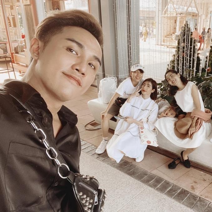 Cuối tháng 12/2019, mẹ con Mai Phương cùng bạn bè đón Noel muộn ở Bangkok. Đây cũng là chuyến du lịch cuối cùng của hai mẹ con cô trước khi Mai Phương nhập viện vào đầu năm 2020 và trút hơi thở cuối cùng vào tối 28/3.