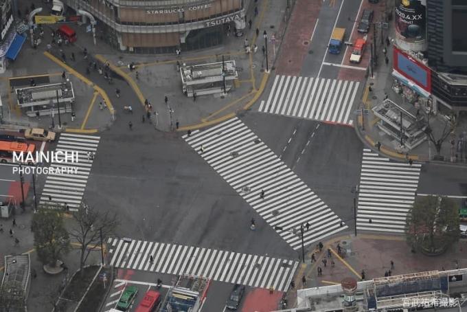 Cảnh vắng vẻ hiếm hoi của Shibuya ngày 28/3. Ảnh Mainichi