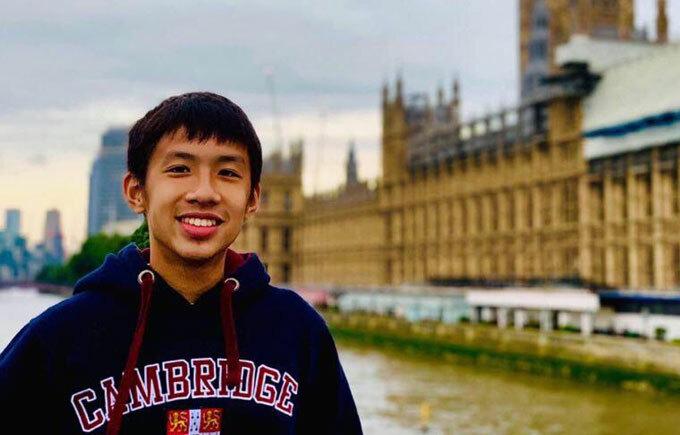 Du học sinh Việt đấu giá tranh, quyên tiền ủng hộ chống dịch
