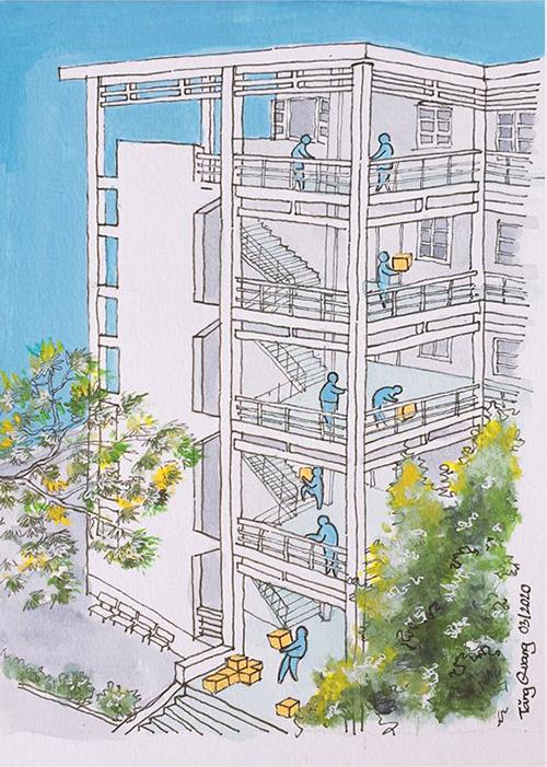 Tăng Quang (kiến trúc sư, làm việc tại London, Anh)đangcách ly tại Quân khu 7, TP HCM. Nơi đây có khoảng 1.000 người trở về từ các nước tâm dịch như Anh, Pháp, Đức, Hà Lan, Đan Mạch, Thụy Sĩ...Nam kiến trúc sư cho biết bộ tranh được hoàn thành trong 5 ngày, mỗi ngày vẽ 4-5 bức, mỗi bức mất một giờ. Trong khu cách ly không có nhiều họa cụ, ảnh chỉ cóvài ba cây bút chì màu, hộp màu nước và hai cây bút kim cùng tập giấy A4. Nókhông hoa mỹ mà tái hiện chân thực những gì anh đã trải qua trong khu cách ly tập trung. Trong ảnh là cảnh phân phối hàng hoá hằng ngày. Mỗi sáng các chiến sĩ phải vận chuyển nước uống, thức ăn, nhu yếu phẩm... lên 5 tầng lầu và vào từng phòng. Mỗi tầng có 11 phòng, mỗi phòng từ 3-8 người. Chỉ nhìn thôi là cũng thấy được sự vất vả, nhưng bạn nào cũng luôn vui vẻ, nhiệt tình, rất chu đáo và miệng luôn mỉm cười, anh chia sẻ.
