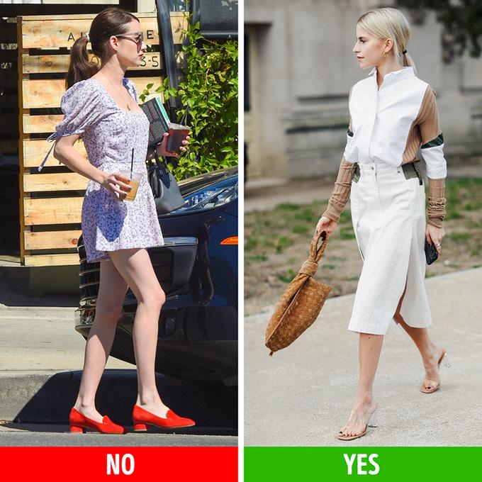 Đầu gối củ lạcCó một số chi tiết mà nó tốt hơn để che giấu bởi vì chúng có thể đánh lạc hướng rất nhiều từ cái nhìn tổng thể của chúng ta. Ví dụ, đầu gối sắc nhọn, chân rất nhạt và sẹo. Stockings có thể là một giải pháp, nhưng trong mùa hè nóng nực, chúng không thực sự là một lựa chọn. Thay vào đó, bạn có thể thử những lời khuyên sau:Váy của bạn nên che đầu gối của bạn.Mặc váy hoặc váy phao.