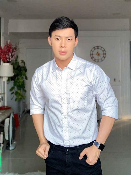 Thanh Tú sinh năm 1990, kém bạn trai 8 tuổi.