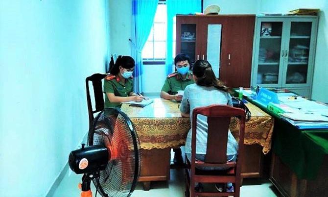 Công an Quảng Nam triệu tập một phụ nữ lên làm việc về do đăng tin không đúng sự thật. Ảnh: C.A.