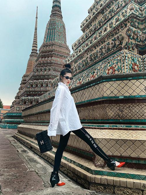 Phượng Chanel đụng giày sao Việt - 8