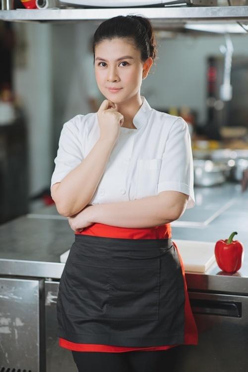 Kim Thư thấy hạnh phúc với công việc hiện tại.