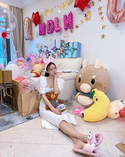Ninh Dương Lan Ngọc mừng sinh nhật tuổi 30.
