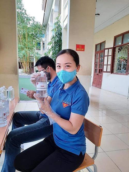 Chị Đoàn Thị Hồng Lương.
