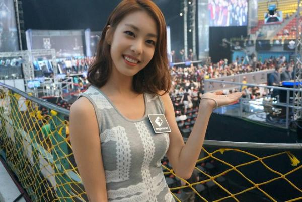 Nhan sắc bà xã So Ji Sub.