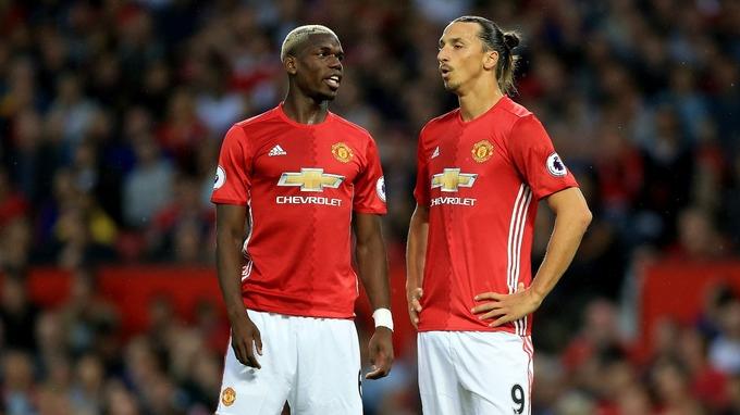 Pogba và Ibrahimovic khi cùng khoác áo MU. Ảnh: NW.