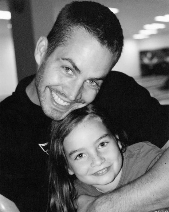 Paul và con gái thuở nhỏ.