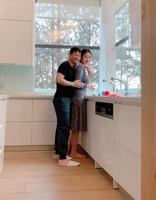 Phan Như Thảo nghỉ dưỡng trong biệt thự ở ĐàLạt - 2