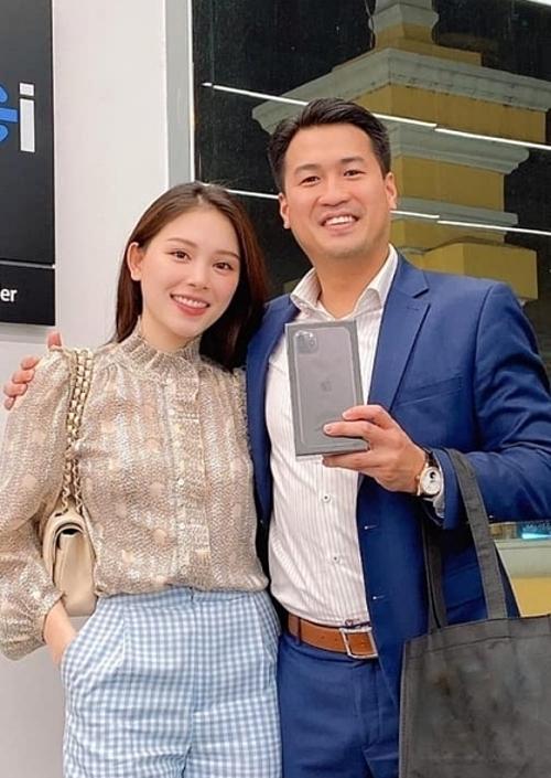 Linh Rin bên bạn trai Phillip Nguyễn.