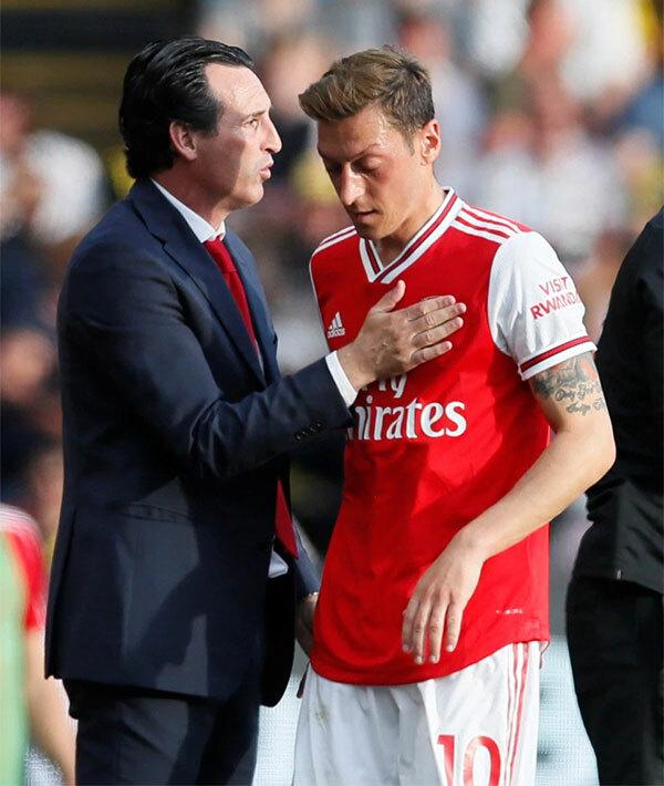 HLV Tây Ban Nha khởi đầu khá ấn tượng với Arsenal nhưng bị sa thải sau hơn một mùa giải. Ảnh: Sun.