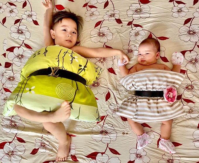 Do dịch Covid-19 nên Bắp được nghỉ học dài ngày. Vợ chồng Hồng Phượng phải nghĩ ra nhiều hoạt động cho con trai đỡ chán khi ở nhà.