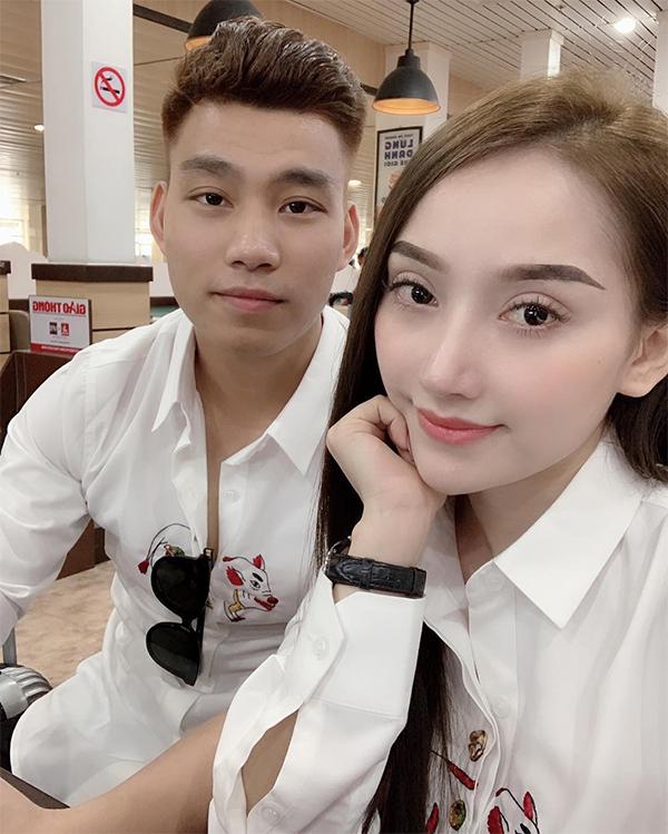 Văn Thanh và bạn gái. Ảnh: Instagram.