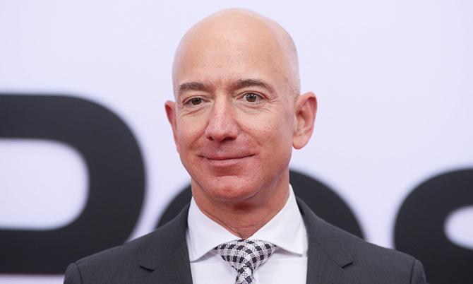 Jeff Bezos - Người giàu nhất thế giới. Ảnh: CNBC.