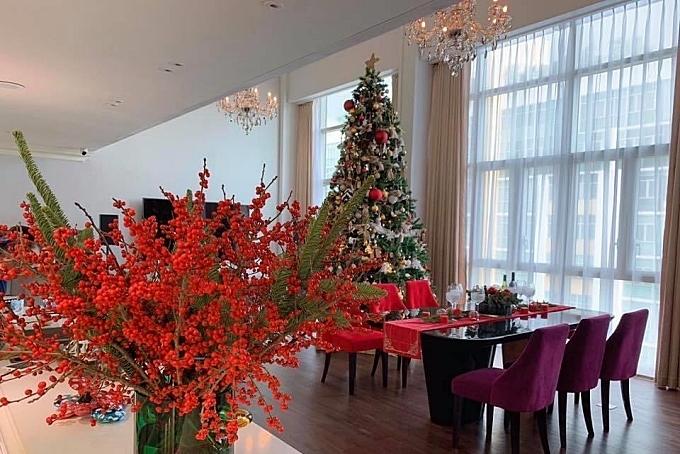 Ngôi nhà tràn ngập không khí Giáng sinh.