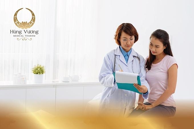 Gia đình chỉ cần gọi điện, gửi yêu cầu sẽ nhận tư vấn từ dịch vụ chăm sóc sức khỏe tại nhà.