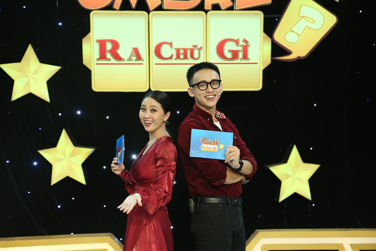 Liêu Hà Trình (trái) và Quang Bảo (phải) sẽ làm MC của gameshow mùa hai.