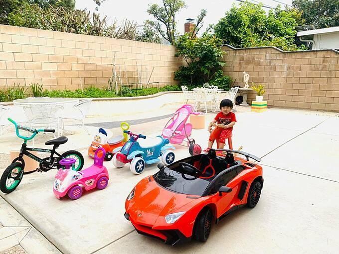 Ca sĩ Thanh Thảo kể: Nhàkhông có gì ngoài xe,con gái gì chỉ mê xe chứ không mê búp bê.