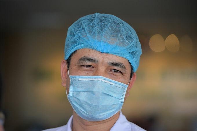 Bác sĩ Nguyễn Thanh Bình - Bệnh viện Bệnh Nhiệt đới Trung ương. Ảnh: Chi Lê.