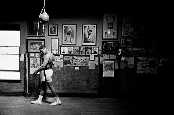 Huyền thoại boxing trong studio ở Chicago. (ảnh 6)