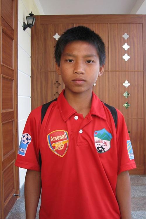 Hậu vệ Vũ Văn Thanh hồi mới gia nhập lò đào tạo trẻ của HAGL.