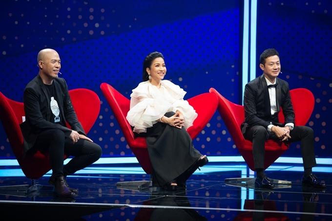 Nhạc sĩ Huy Tuấn, diva Mỹ Linh và MC Anh Tuấn ngồi ghế giám khảo.