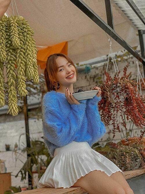 Ca sĩ Minh Hằng tận hưởng kỳ nghỉ ở Đà Lạt.