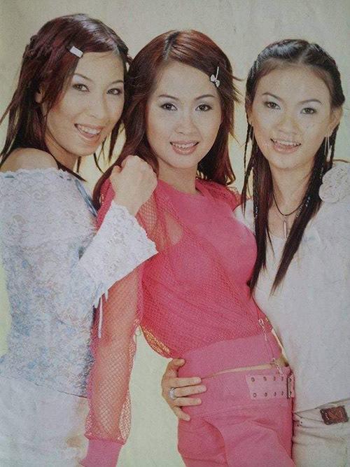 Từ trái qua: ca sĩ Minh Du nhóm The Bells, Minh Thư và Thu Thuỷ thuở thanh xuân.