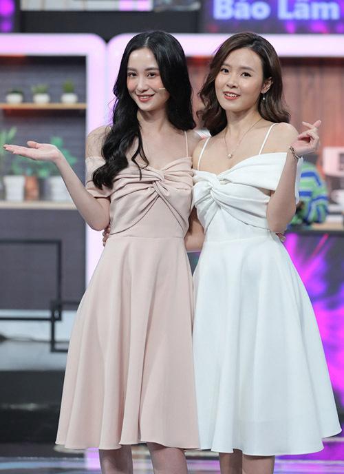 Jun Vũ, Midu như chị em khi xuất hiện trên sân khấu chương trình truyền hình quy tụ nhiều nghệ sĩ showbiz.