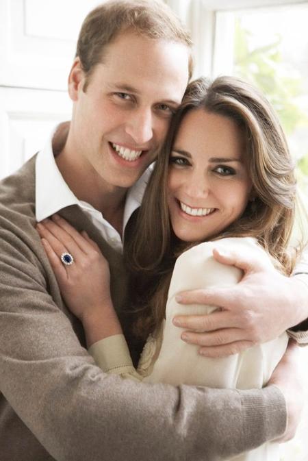 William và Kate trong ảnh công bố đã đính hôn hồi tháng 11/2010. Ảnh: Kensington Palace.