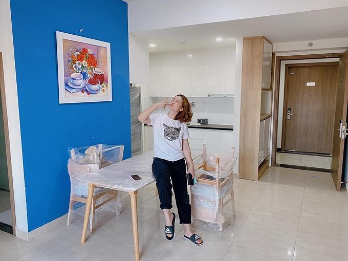 Diễn viên Ngọc Lan mới mua thêm căn hộ 3 phòng ngủ ở quận 2, TP HCM và quyết định cho thuê lại để lấy tiền học cho con trai.