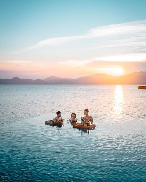 Quang Vinh đập hộpvilla đầu tiên có cầu trượt ở Việt Nam - 12