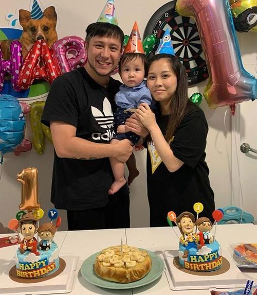 Trương Trí Hằng trong sinh nhật con trai.