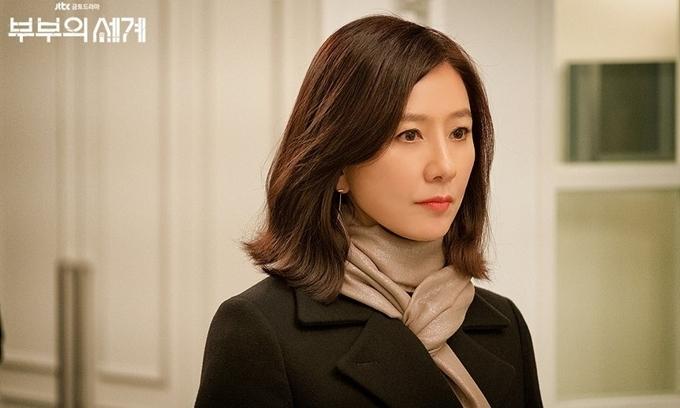 Kim Hee Ae trong phim Thế giới hôn nhân.