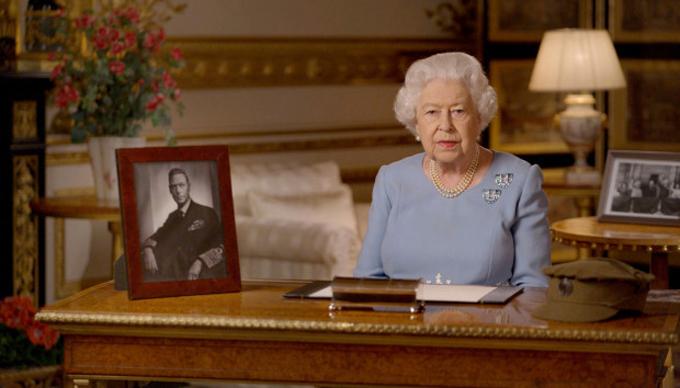 Nữ hoàng phát biểu qua video hôm 9/5 từ lâu đài Windsor. Ảnh: AP.