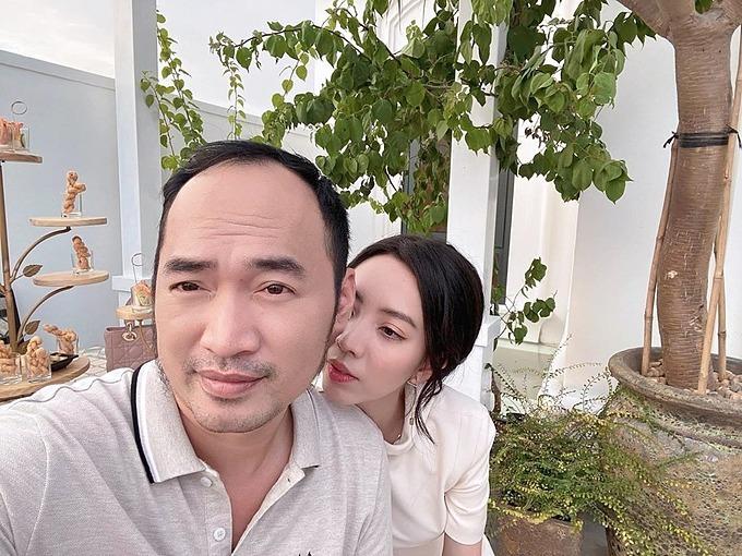 Vợ chồng Thu Trang - Tiến Luật.