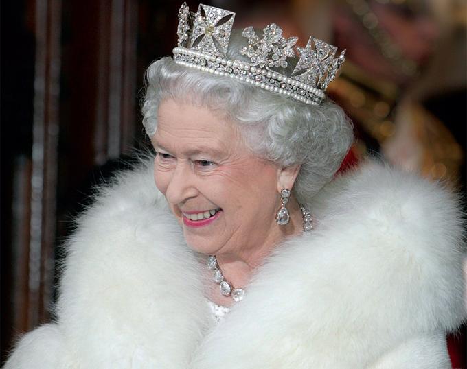 Nữ hoàng Elizabeth II trong phiên khai mạc Quốc hội Anh năm 2015. Ảnh: PA.