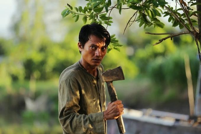 Quang Tuấn đóng vai thầy bùa biến thái trong Thiên linh cái: Chuyện chưa kể.