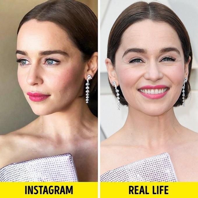 Mẹ Rồng Emilia Clarke có nhiều nếp nhăn quanh mắt, miệng dù mới 33 tuổi.